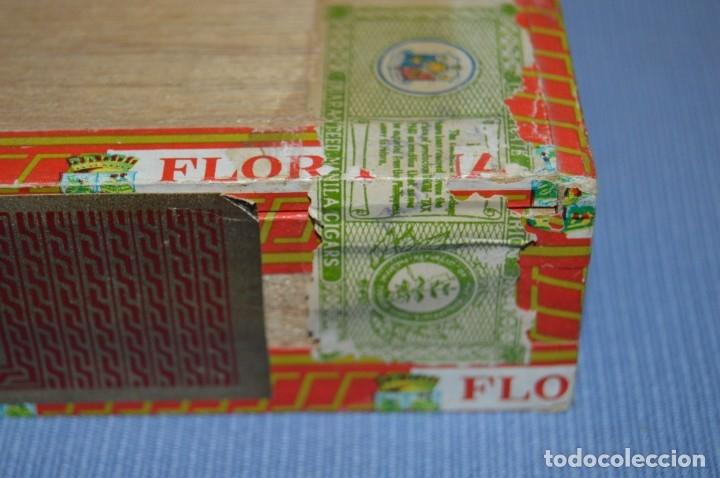 Cajas de Puros: LA FLOR DE LA ISABELA / 25 Brevas - Antigua caja precintada, sin abrir - De colección - ¡Mira! - Foto 2 - 173086177