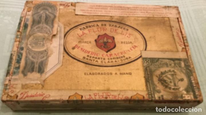 LA FFLOR DE LIS ANTIGUA CAJA MADERA PUROS HABANOS FABRICA TABACOS DESIDERIO CAMACHO SANTA CLARA CUBA (Coleccionismo - Objetos para Fumar - Cajas de Puros)