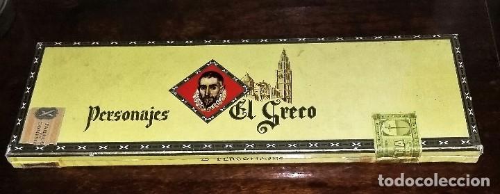 Cajas de Puros: Caja completa con 25 puros Personajes El Greco. Precintados y con vitolas. P. Capote. Canarias. - Foto 8 - 173873017