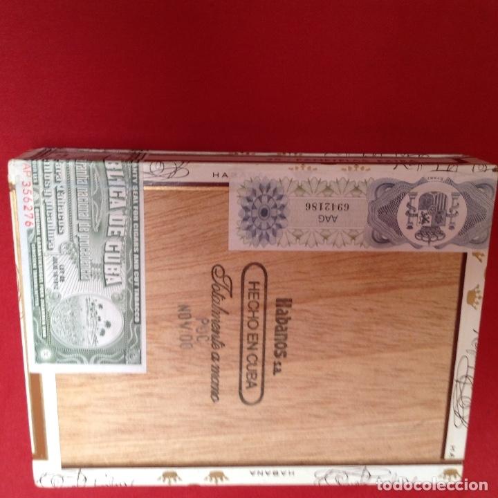 Cajas de Puros: Caja de puros , con 23 puros panetelas extras , año 2000, Rafael González Márquez objeto de colec - Foto 4 - 174012507