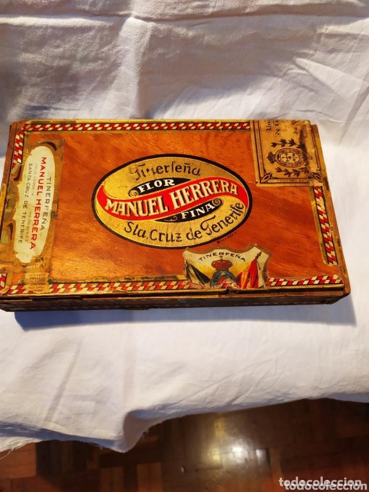 ÚNICA CAJA DE PUROS TINERFEÑA, MANUEL HERRERA, VER (Coleccionismo - Objetos para Fumar - Cajas de Puros)