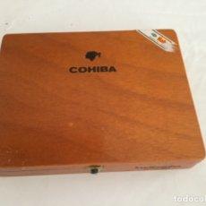 Cajas de Puros: CAJA DE PUROS COHIBA CONTIENE TRES PUROS COHIBA, EN PERFECTO ESTADO. Lote 174998908