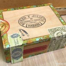 Cajas de Puros: CAJA DE PUROS ANTIGUA - ROMEO Y JULIETA - HABANA - CAJA VACIA. Lote 175247110