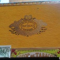 Cajas de Puros: ANTIGUA CAJA DE PUROS PARTAGAS, 25 HABANEROS. Lote 175261022