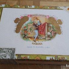 Cajas de Puros: CAJA PUROS VACIA HABANOS ROMEO Y JULIETA - VER FOTOS ADICIONALES. Lote 175745332