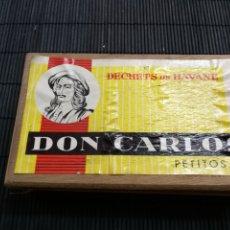 Cajas de Puros: RARA CAJA DE PUROS PETITOS DON CARLOS DECHETS DE HAVANE HABANA CUBA COMPLETA TABACO HABANOS. Lote 176355827