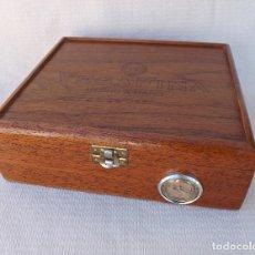 Cajas de Puros: CAJA DE PUROS HUMIDOR VEGAFINA. Lote 178669768