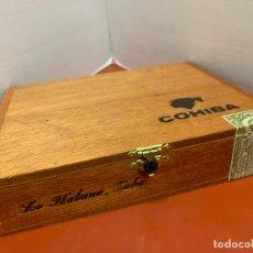 Cajas de Puros: CAJA DE PUROS HABANOS - VACIA - COHIBA. MIDE APROX 18,5X14X4CMS. Lote 179023348
