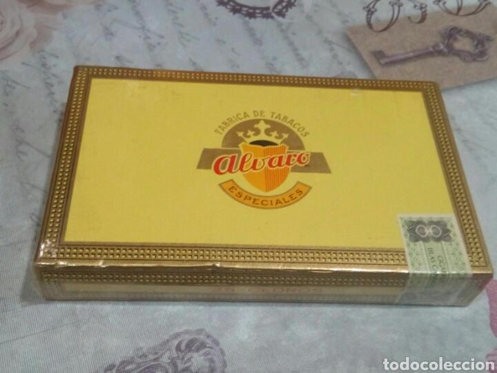 CAJA DE PUROS CON 25 PUROS ALVARO (Coleccionismo - Objetos para Fumar - Cajas de Puros)