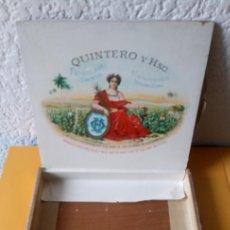 Cajas de Puros: ANTIGUA CAJA DE PUROS QUINTERO Y HERMANO - CIENFUEGOS HABANA CUBA - 17 X 15 X 2.5 ALTO CMS. Lote 179237808