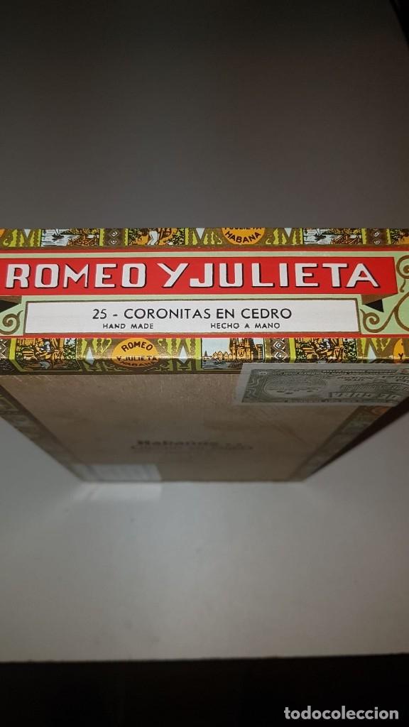 Cajas de Puros: Antigua caja de puros habanos Romeo y Julieta 25 Coronitas en cedro (14 habanos) año 2007. - Foto 2 - 180200282