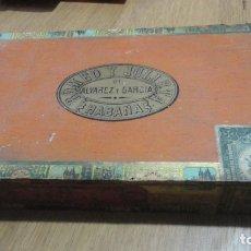 Cajas de Puros: ANTIGUA CAJA PUROS VACIA ROMEO Y JULIETA ALVAREZ GARCIA HABANA CUBA . Lote 180969037