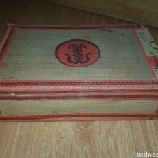 Cajas de Puros: PUROS ANTIGUOS FARIAS CAJA PRECINTADA. Lote 181348778