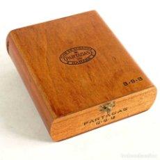 Cajas de Puros: ANTIGUA CAJA DE MADERA NOBLE PUROS PARTAGAS 898 CUBA. Lote 182665188