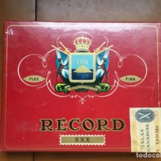 Cajas de Puros: RECORD CAJA DE PUROS PRECINTADA DE CANARIAS. Lote 182741172