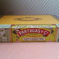 Cajas de Puros: CAJA DE 25 PUROS HABANOS CAJA COMPLETA PRECINTADA PARTAGAS FLOR DE TABACO. Lote 182774501