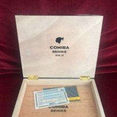 Cajas de Puros: CAJA VACÍA COHIBA BEHIKE 56. Lote 183279366
