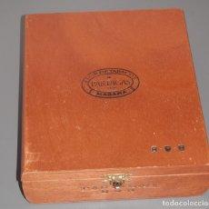 Cajas de Puros: CAJA DE MADERA DE LOS TABACOS PARTAGAS. Lote 183334911