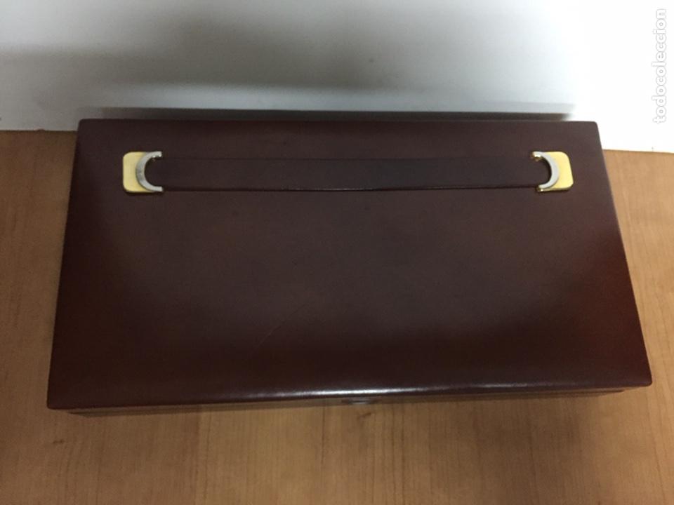 CIGARRERA DE PIEL. 33X17X6CM (Coleccionismo - Objetos para Fumar - Cajas de Puros)