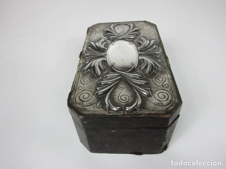 Cajas de Puros: Antigua Caja de Puros - Madera de Cedro, Forrada en Piel - Plata de Ley, Sello Masriera Carreras - Foto 4 - 187555360