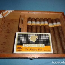 Cajas de Puros: CAJA DE 25 ESPLENDIDOS CON 8 COHIBA, LA HABANA CUBA. CAJA 30 X 20 X 6 CMS.. Lote 189076821
