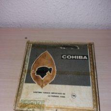 Cajas de Puros: ANTIGUA CAJA MADERA VACÍA DE PUROS COHIBA-25 LANCEROS. Lote 190292912