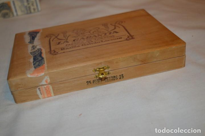 Cajas de Puros: ANTIGUA CAJA DE PUROS / La GARANTIA 25 Petit-Cetros 25 / - EN MADERA - PRECIOSA - ¡Mira! - Foto 5 - 191196766