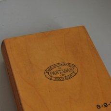 Cajas de Puros: CAJA DE PUROS DE MADERA - FLOR DE TABACOS PARTAGAS - HABANOS - VACÍA. Lote 208125288