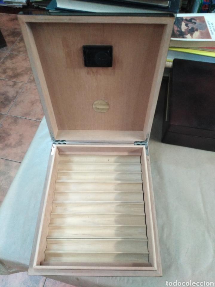 Cajas de Puros: Humificador Caja de puros lacada en negro - Foto 3 - 192320386