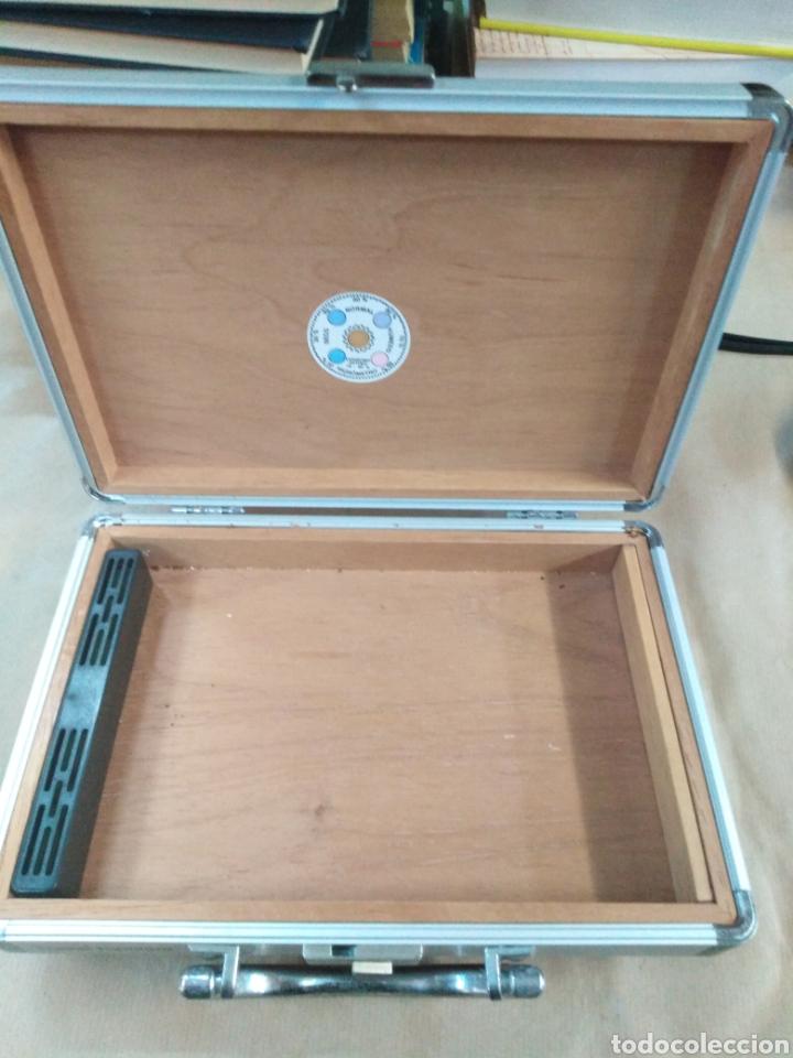 Cajas de Puros: Caja maletin de puros Montecristo, contiene humificador - Foto 3 - 192321690