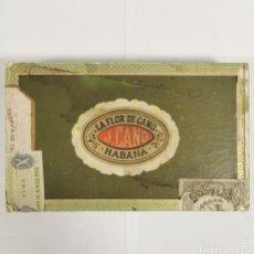Cajas de Puros: CAJA DE PUROS VINTAGE CUBAN CIGAR BOX LA FLOR DE CANO PETIT CORONAS. Lote 193918085