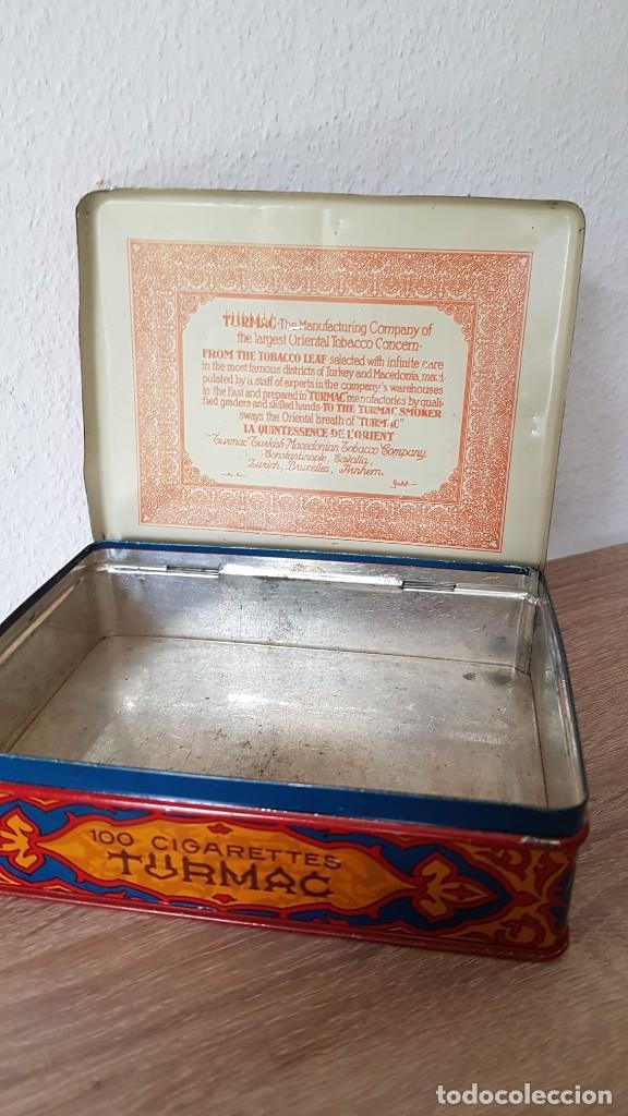 Cajas de Puros: Antigua caja de tabaco/cigarrillos orientales años 40-50 echa de de metal, Marca sellada TURMAC - Foto 4 - 194121700