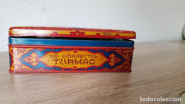 Cajas de Puros: Antigua caja de tabaco/cigarrillos orientales años 40-50 echa de de metal, Marca sellada TURMAC - Foto 7 - 194121700
