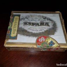 Cajas de Puros: CAJA DE PUROS VACÍA - LABORES PARA LA RENTA DE TABACOS DE ESPAÑA - CANARIAS. Lote 194197813