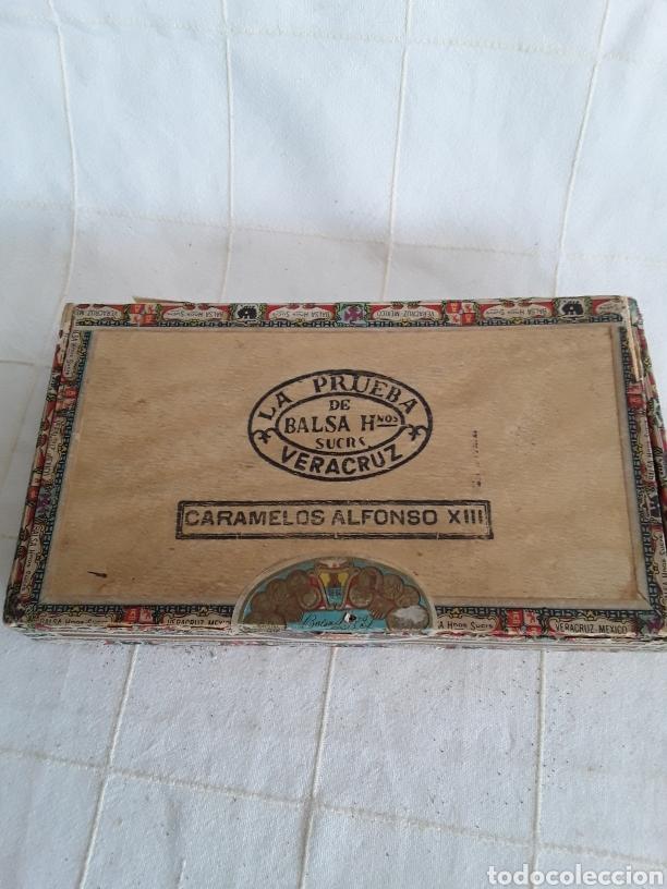 CAJA DE PUROS VACIA LA PRUEBA, CARAMELOS ALFONSO XIII (Coleccionismo - Objetos para Fumar - Cajas de Puros)