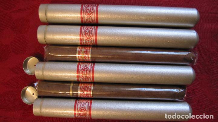 2 CIGARROS PUROS LA PAZ EN SU ESTUCHE METALICO (ANTIGUOS)+CINTA DAVIDOFF+2ESTUCHES VACIOS (Coleccionismo - Objetos para Fumar - Cajas de Puros)