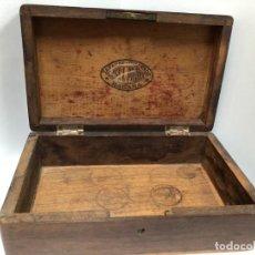 Cajas de Puros: ANTIGUA CAJA VACIA FABRICA DA EN MADERA PUROS HABANOS JOSE L PIEDRA HABANA TABACOS Y CIGARRO. Lote 194756596