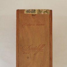 Cajas de Puros: CAJA DE PUROS VINTAGE CUBAN CIGAR BOX DAVIDOFF 3000 ENVIO INCLUIDO. Lote 194953473
