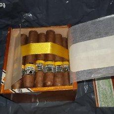 Cajas de Puros: CAJA DE PUROS COHIBA 25 ROBUSTOS. Lote 195065121