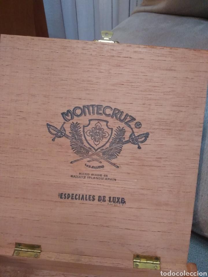 Cajas de Puros: Caja de madera de puros 25 especiales de luxe, de la marca Montecruz. Compañía Insular tabacalera - Foto 2 - 195336867