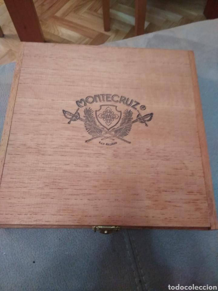Cajas de Puros: Caja de madera de puros 25 especiales de luxe, de la marca Montecruz. Compañía Insular tabacalera - Foto 4 - 195336867