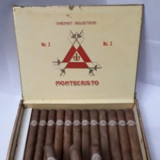 Cajas de Puros: CAJA DE PUROS HABANOS MONTECRISTO. 25 MONTECRISTOS NO. 3. CONTIENE 15 EJEMPLARES.. Lote 195453242
