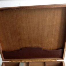 Cajas de Puros: TABAQUERA, CAJA GUARDAR PUROS , CIGARRILOS, ETC. MADERA Y PIEL MARRÓN, BIEN CONSERVADA. Lote 199789655
