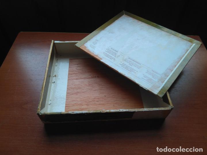 Cajas de Puros: LOTE DE 10 ANTIGUAS CAJAS DE PUROS Y PUROS - VEA LAS FOTOGRAFIAS - Foto 8 - 203109497
