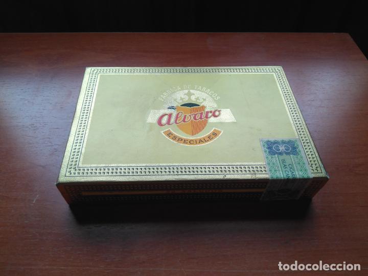 Cajas de Puros: LOTE DE 10 ANTIGUAS CAJAS DE PUROS Y PUROS - VEA LAS FOTOGRAFIAS - Foto 15 - 203109497