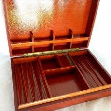 Cajas de Puros: ANTIGUA CAJA DE PUROS EN MADERA Y PIEL (M.S.XX). Lote 205653345