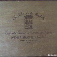 Cajas de Puros: CAJA DE PUROS VACÍA (QUEDAN RESTOS EN EL INTERIOR). Lote 206281572