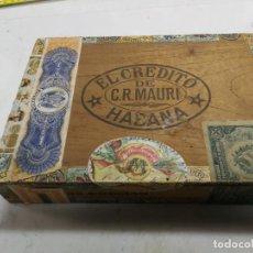 Cajas de Puros: ANTIGUA CAJA DE TABACOS.PUROS.EL CREDITO DE C.R.MAURI.HABANA.25 CREMAS. Lote 207255946