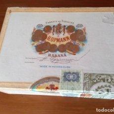 Cajas de Puros: ANTIGUA CAJA DE PUROS HABANOS H.UPMANN 25 - CORONAS (VACIA). Lote 210161495