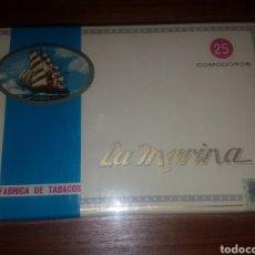 Cajas de Puros: ANTIGUA CAJA DE PUROS LA MARINA. ISLAS CANARIAS. 25 PUROS PRECINTADA. Lote 210810712